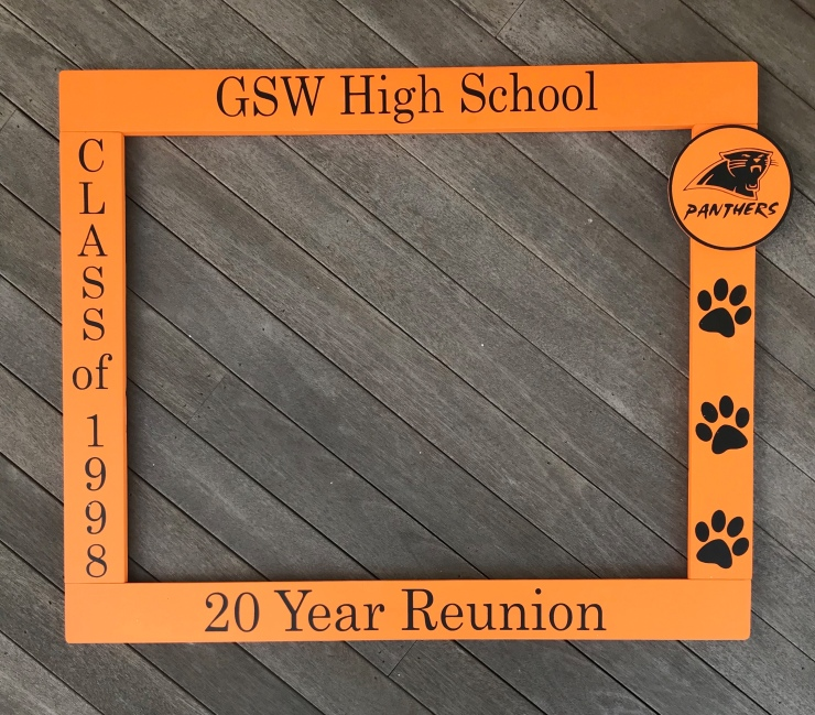 Reunion Photo Frame Prop with Mascot